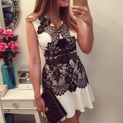 V-neck sleeveless lace dress WE2270..