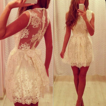 Female sexy lace bow halter dress V..