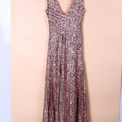 bb1e5769 Gold Sequined Low-Cut V-Neck Halter Dress VG41511MN on Luulla