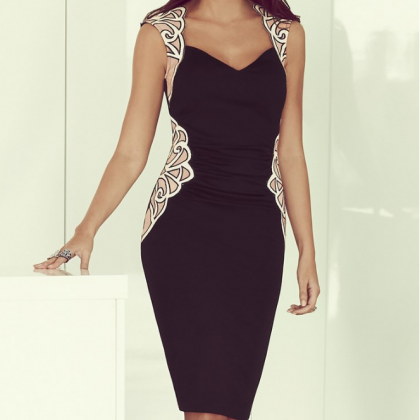 Sexy V-neck sleeveless black dress ..
