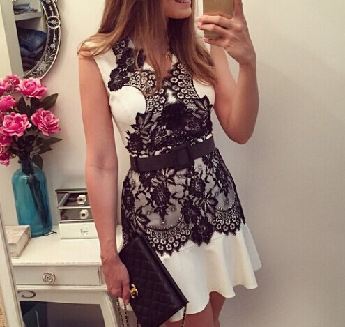 V-neck sleeveless lace dress WE22702OP