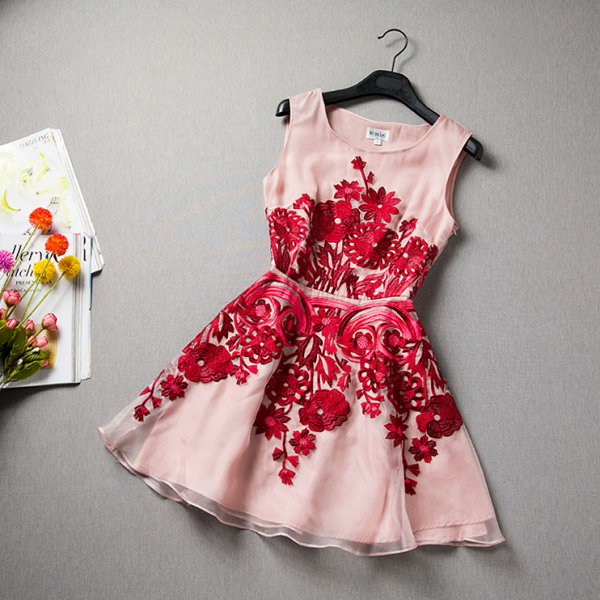 Fashion organza embroidered sleeveless dress VC32213MN
